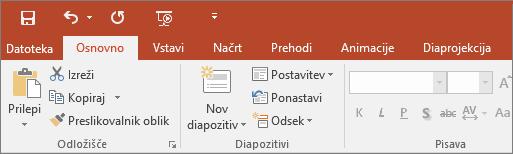 Prikaže trak z barvito temo v programu PowerPoint 2016