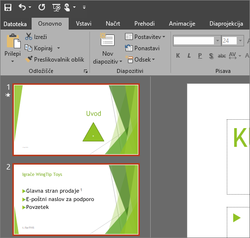 Prikaže PowerPoint 2016, v katerem je uporabljena temna tema