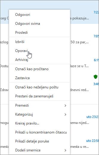 """Snimak prikazuje opciju """"Oporavak"""" izabranu kada označite e-poruku u fascikli """"Izbrisane stavke""""."""