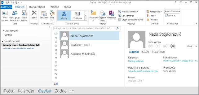 Snimak ekrana kontakata na lokaciji tima prilikom njihovog pojavljivanja u programu Outlook