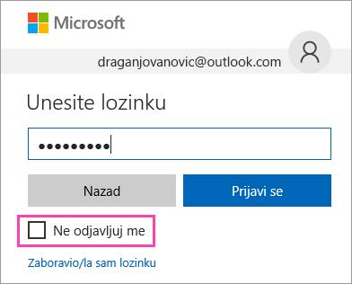 """Snimak ekrana polja """"Ne odjavljuj me"""" na stranici za prijavljivanje u usluzi Outlook.com."""