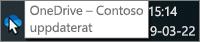 En skärmbild där markören hovrar över den blå OneDrive-ikonen i Aktivitetsfältet med texten OneDrive – Contoso.