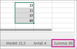 Markera en kolumn med tal för att visa summan längst ned på sidan