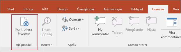 Skärmurklipp från Word-användargränssnittet som visar Granska > Kontrollera tillgänglighet med en röd ruta runt omkring.