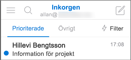 En bild av hur Outlook ser ut på en iPhone.