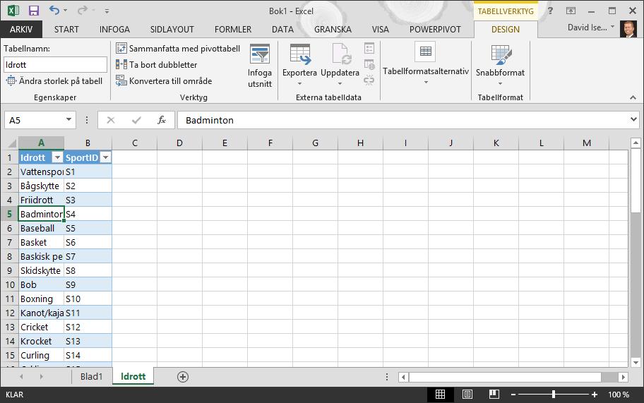 Namnge en tabell i Excel