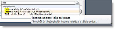 Förklarande text hjälper användarna att välja rätt term.