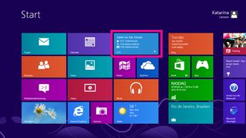 Skärmbild med startskärmen i Windows med statusuppdateringar på den markerade Lync-panelen