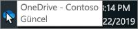 Görev bölmesindeki mavi OneDrive simgesinin üzerine getirilmiş imleci ve OneDrive - Contoso metnini gösteren ekran görüntüsü.