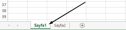 Excel çalışma sayfası sekmelerini Excel penceresinin altında vardır.