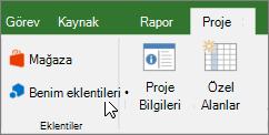 Proje sekmesinin Şeritte işaret eden bir imleçle bir bölümünün ekran My eklentiler açılır. Son kullanılan bir eklenti seçin, tüm eklentilerinizi yönetme veya yeni eklentiler için Office Store'a gitmek için My Eklentileri'ni seçin.