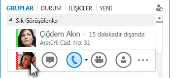 Telefon simgesinin vurgulandığı Hızlı Lync menüsünün ekran görüntüsü