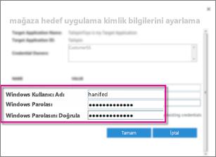 Güvenli Depolama Hedef Uygulaması oluştururken kullandığınız Kimlik Bilgisi Alanları iletişim kutusunu gösteren ekran görüntüsü. Varsayılan değerleri, Windows Kullanıcı Adı'nı ve Windows Parolası'nı gösterir.