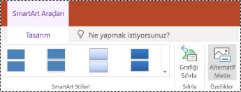 PowerPoint online 'da SmartArt için alternatif metin düğmesi.