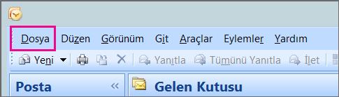 Outlook 2007'de Dosya sekmesini seçin.