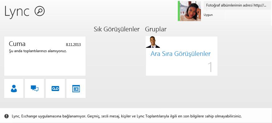 Hatanın ekran görüntüsü: Lync Exchange uygulamasına bağlanamıyor. Geçmiş, sesli mesaj, kişiler ve Lync Toplantılarıyla ilgili en son bilgilere sahip olmayabilirsiniz.