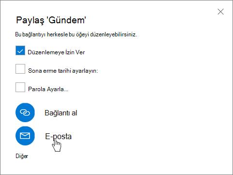 OneDrive'da Paylaş iletişim kutusunda E-posta seçme işlemini, gösteren ekran görüntüsü