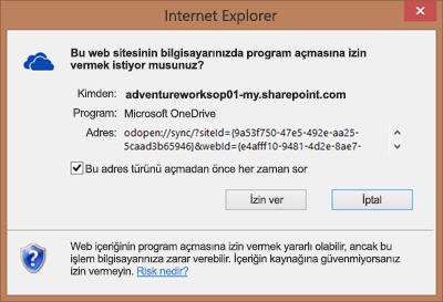 Microsoft OneDrive'ı açmak için izin isteyen Internet Explorer iletişim kutusunun ekran görüntüsü