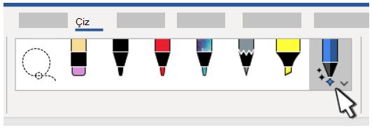 Word'deki kullanılabilir kalemleri, kurşun kalemleri ve vurgulayıcıyı gösteren resim.