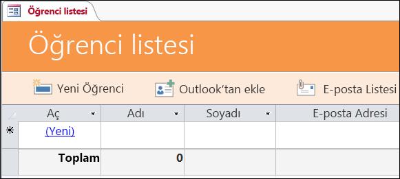 Access Öğrenciler veritabanı şablonundaki öğrenci listesi formu
