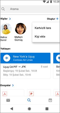 Kişinin adının yanındaki bir tarama kartviziti olan arama ekranı