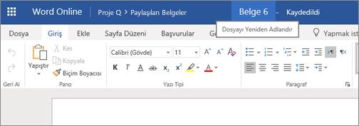 Word Online'da belgenin adını değiştirmek için başlık çubuğuna tıklama