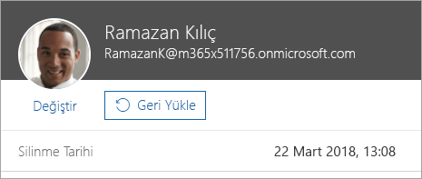 Office 365 yönetim ekranında kullanıcıyı geri yüklemek için kullanılan komutun gösterildiği ekran görüntüsü.