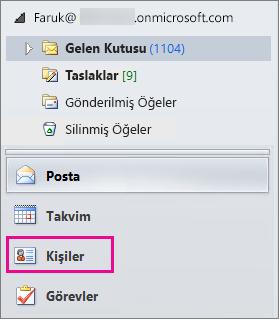 """Kişilerinizi görüntülemek için Outlook Gezinti menüsünün altındaki """"Kişiler"""" öğesini seçin."""