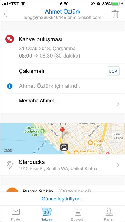 Ekran görüntüsü, takvim davet ögesiyle bir mobil cihaz ekranı gösterir.