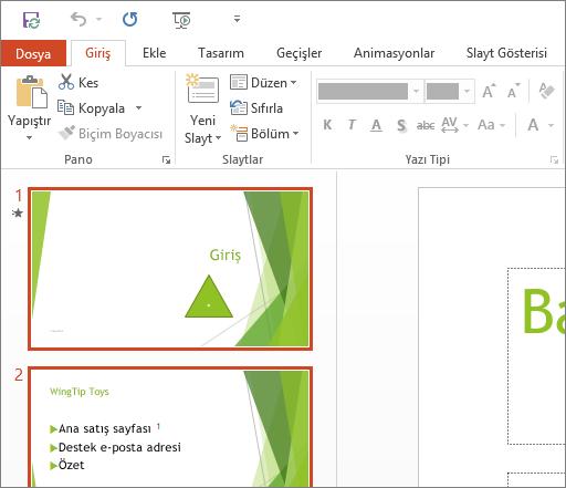 Beyaz Tema uygulanmış PowerPoint 2016'yı gösterir.