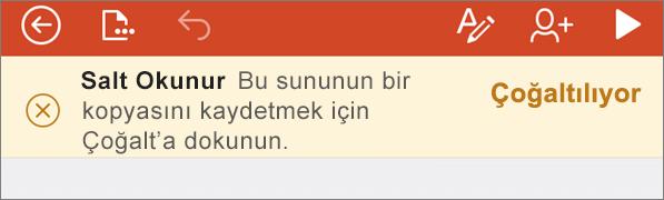iPhone için PowerPoint uygulamasında ODF dosyasını açtıktan sonra Salt Okunur bildirimi gösterir.