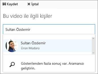 Bir videoyu kuruluşunuzdaki bir kişiyle ilişkilendirin.