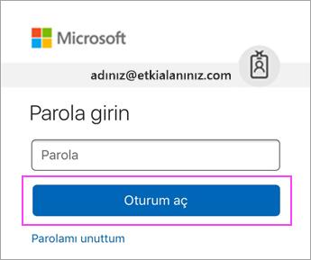 Outlook.com parolanızı girin