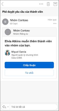 Thông điệp email với các nút phê duyệt và từ chối