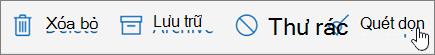 Một ảnh chụp màn hình hiển thị tuỳ chọn quét dọn được chọn trên thanh công cụ Email.