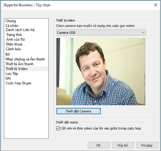 Ảnh chụp màn hình trang Thiết bị Video của hộp thoại Tùy chọn của Skype for Business.