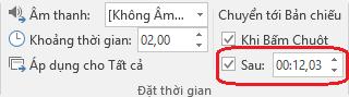 Trong hộp sau trên tab chuyển tiếp của ribbon trong PowerPoint, thiết đặt thời gian để tự động tiếp trang chiếu.