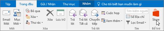 Ảnh chụp màn hình hiển thị tab Trang đầu trong Outlook với con trỏ chỉ vào biểu tượng Cửa hàng trong nhóm Phần bổ trợ.
