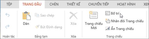 Ảnh chụp màn hình hiển thị tab Trang đầu với con trỏ trỏ đến tùy chọn Bố trí trong nhóm Trang chiếu.