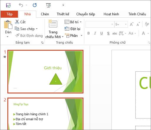 Hiển thị PowerPoint 2016 với Chủ đề Trắng được áp dụng.