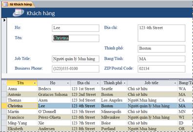 Biểu mẫu tách trong cơ sở dữ liệu Access trên máy tính