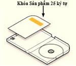 Khóa sản phẩm nằm bên trong gói hàng trên nhãn được gắn trên thẻ đối diện với kệ đựng đĩa nằm bên trái hộp đựng