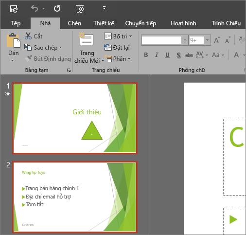 Hiển thị PowerPoint 2016 với chủ đề Xám Đậm được áp dụng